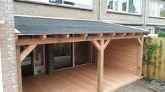 Bekijk de foto van fixenfinish met als titel Veranda gemaakt van het mooie douglas. Deze veranda heeft een vloer gemaakt van douglas vlonderplanken en een wand gemaakt van zweedsrabat. Dak is gemaakt brede dakplanken met als dakbedekking daksinghels. en andere inspirerende plaatjes op Welke.nl.