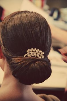 classic chingon; vintage headpiece jewelry
