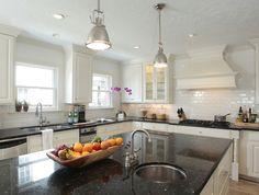 Suzie: Ashley Goforth Design - Stunning white & black kitchen design with white kitchen ...