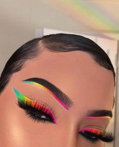 creative eye makeup Thank you for One of the major inspirations for our brand! makeupbyriquelle Heres some inspiration for the makeup Challenge we Makeup Eye Looks, Eye Makeup Art, Crazy Makeup, Skin Makeup, Makeup Inspo, Eyeshadow Makeup, Makeup Style, Makeup Ideas, Fairy Makeup