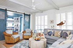Gathering Place: A Family Shoreside Haven – Texas Monthly Country Home Magazine, Interior Design Photography, Dream Beach Houses, House Fan, Garage Lighting, Beach Cottage Style, Wood Interiors, New Home Designs, Apartment Interior