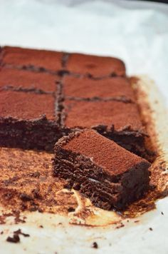 Chocolate Truffle Brownies (Recipe adapted from Popina Book of Baking by Isidora Popovic) Chocolate Fruits, Chocolate Truffles, Chocolate Desserts, Choco Truffle, Chocolate Brownies, Just Desserts, Delicious Desserts, Dessert Recipes, Yummy Food