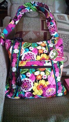 6af21e990f Vera Bradley purse and keychain