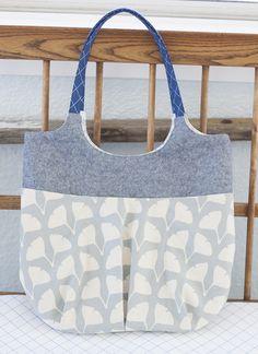 Go Anywhere Bag - sewn by Carolyn Friedlander