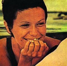 """O Bêbado E A Equilibrista"" by Elis Regina (1969) | 23 Classic Brazilian Songs You Need To Listen To Right Now"