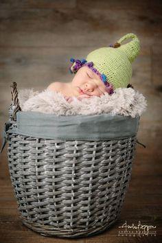 Cappellino verde elfo In vendita su bebuu.it