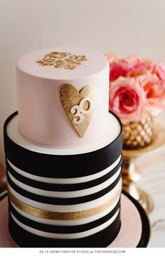 Sparkle My Heart | Pink & Gold Glitter Cake Table | by De la Creme Creative Studio on TheCakeBlog.com