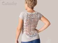 Beige t-shirt with upcycled vintage crochet doily back