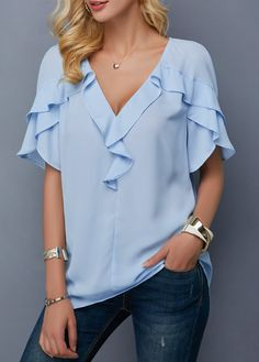 Blue V Neck Blouse For Fall Outfits Ideas, Blouse are the go-to staples of the majority of women when it has to do with their casual outfits. A cute blouse is going to do the trick too! Evening Blouses, Summer Blouses, V Neck Blouse, Blue Blouse, Baby Blue Shirt, Look Fashion, Womens Fashion, Tulip Sleeve, Blue V