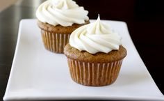 Pumpkin Cupcakes with Maple Cream Cheese Frosting (I know it is spring and technically, pumpkin is a fall thing, but I just made a batch of these for my friend. They are her favorite! Baking Cupcakes, Cupcake Recipes, Baking Recipes, Cupcake Cakes, Dessert Recipes, Yummy Recipes, Pumpkin Whoopie Pies, Pumpkin Spice Cupcakes, Just Desserts