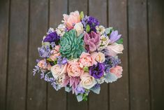 Wedding Bouquet Flowers Inspiration & Ideas to help you plan your perfect wedding by Hunter Valley wedding photographer Cavanagh Photography.