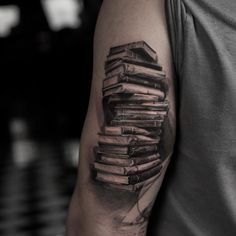 What does hyper realistic tattoo mean? We have hyper realistic tattoo ideas, designs, symbolism and we explain the meaning behind the tattoo. Half Sleeve Tattoos Forearm, Viking Tattoo Sleeve, Realistic Tattoo Sleeve, Tattoo Sleeve Filler, Hyper Realistic Tattoo, Forarm Tattoos, Cool Forearm Tattoos, Best Sleeve Tattoos, Body Art Tattoos