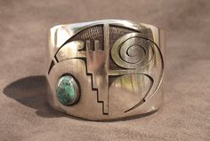 Sterling Silver Jewelry has always been popular precious metal in ancient legends and throughout history in every country Turquoise Jewelry, Silver Jewelry, Fine Jewelry, Gold Jewellery, Silver Rings, Jewelry Accessories, Jewelry Design, Hippy Chic, Creation Deco