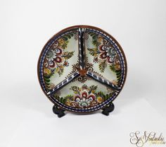 A wonderful polychrome hand painted Dutch Delft pottery compartment dish/ snack divider in excellent condition. Colorful party platter divided into 3 sections  showing decorative flowers and other ornate shaped figures. € 14,50 only, by SoVintastic