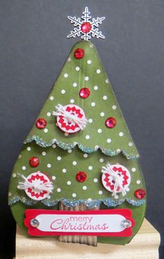 Scrap Happens Here: Christmas Tree Curvy Keepsake Box and more!