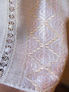 Hand embroidered Romanian blouse - white - ivory rhomb - size M/L Baby Knitting Patterns, Pakistani Dresses, Cross Stitch Patterns, Ivory, Embroidery, Traditional, Diy, Crochet, Elsa