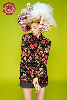 Women's Fashion Romantic Rural Style Floral Pattern Loose Shirt Blouse
