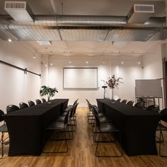 A multi-functional space perfect for large meetings, trainings and more! #nyceventspace #privateeventspace #eventspacerental #nyceventplanners #EventPlanning #EventPlanningny #nyclocationscout #nycvenues #locationscout #locationscouting #spaceinmotion #events #design #eventspace #photooftheday #eventdesign #decor #scout #locations #manhattan #nyc #newyork Event Space Rental, Location Scout, Clothes Steamer, Manhattan Nyc, Lounge Areas, Event Design, New York, Events, Spaces
