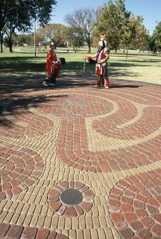 Located in Standing Bear Park, this 1,100-square-foot labyrinth features the Santa Rosa© pattern created by Lea Goode-Harris, Ph.D. This simple yet elegant 7-circuit design is noted for its Pausing Stone at the entrance and a Heart Space stone located near the fourth path. (Oklahoma) Collaborative project with Labyrinths in Stone.