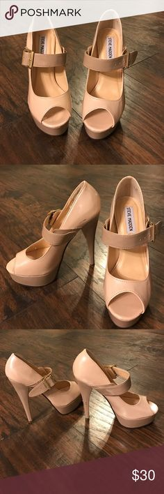 2 Toned Nude High Peep Toe Heels by Steve Madden Steve Madden - 2 Toned Neutral colored heels. Cute peep toes show of polished pedicures! These heels are high and SEXY! Worn once on NYE. Two or three visible scuffs but these heels have so much life in them left I couldn't just donate! Ships next day! Steve Madden Shoes Heels