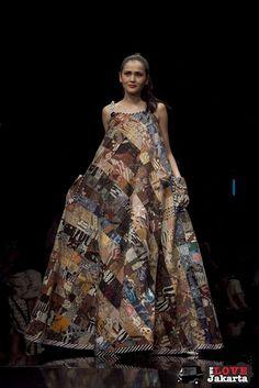 ... FASHIONISTA on Pinterest | Batik Dress, Kebaya and Mother Of The Bride