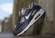 uk availability 2faa8 4b563 Nike Air Max 90 Leather – Obsidian – Wolf Grey – Gold Loden Nike Free Runs