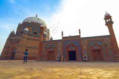 Mosques, Pakistan, Taj Mahal, Architecture, Building, Amazing, Travel, Arquitetura, Viajes