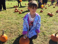 Happy #Halloween from Emma to all!! #pumpkins #decorated #video #youtube plus Wonderful Wednesday #Bloghop - Janine's Confession of A Mommyaholic