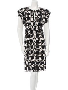 Tori Burch dress on sale at the Real Real: Great resource for working women on a budget