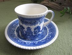 Blue Willow Cup and Saucer Solian Ware by Simpson by LazyYVintage http://www.etsy.com/shop/LazyYVintage