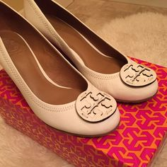 Tory Burch Sally wedge Tumbled Leather, color is Bleach. Excellent condition, worn twice. Barely noticeable scuff on inside of toe. Tory Burch Shoes Wedges
