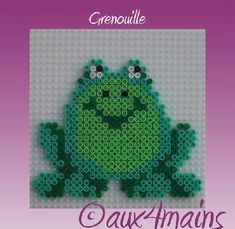 Frog hama perler by aux4mains