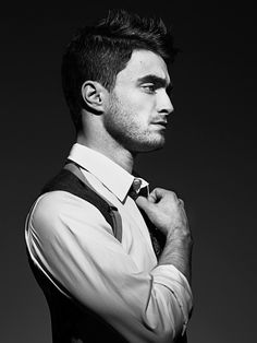 Daniel Radcliffe is growing up nicely. @insolent, you've convinced me.