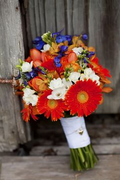 beautiful bright colors for tropical wedding bouquet