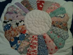 Dresden Plate hand quilted piece