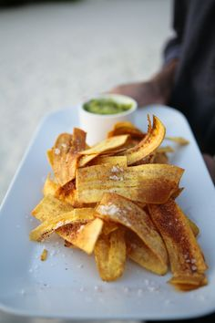 just had plantain chips for the first time, new obsession. mexican party snack-- plantain chips and guacamole. I have always wanted to eat plantains. #glutenfree, #plantains,