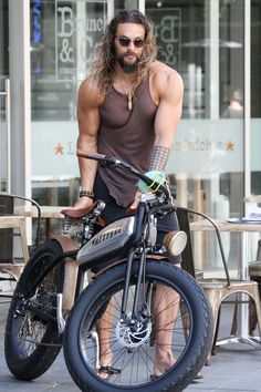 Outstanding Moto bike photos are readily available on our site. look at this and you will not be sorry you did. Jason Momoa, Beautiful Men, Beautiful People, Black Leather Motorcycle Jacket, Biker Boys, Clint Eastwood, Harley Davidson Motorcycles, Big Men, Bad Boys