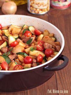 Wiem co jem - Potrawka z wieprzowiny, ziemniaków i ciecierzycy