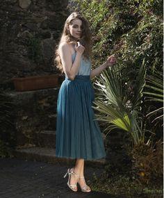 Falda Carrie Tul de Seda Azul Petróleo. Preciosa falda 100% artesanal ... 0e1036150b88