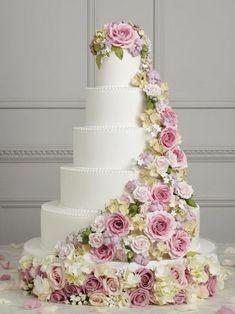 beautiful wedding cakes roses Beautiful Wedding Cakes Inspiration