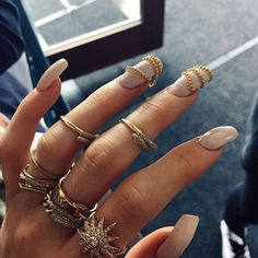 If stacks on stacks of rings still don't give you your accessory fix, accent a few nails with 3-D gold chains.