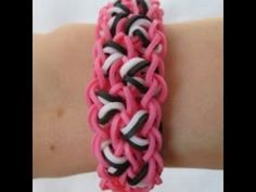 Rainbow Loom- How to make a Leopard Spot Bracelet (Original Pattern) tutorial by Claire's Wears. (Love the bracelets and her names for them! Crazy Loom Bracelets, Loom Band Bracelets, Rubber Band Bracelet, Rainbow Loom Bracelets, Rainbow Loom Tutorials, Rainbow Loom Patterns, Rainbow Loom Creations, Loom Bands Designs, Loom Band Patterns