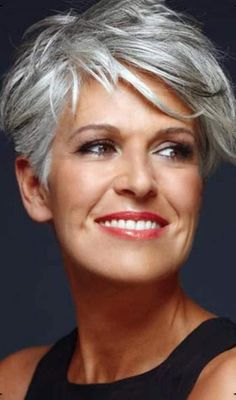 20 Hottest Short Hairstyles for Older Women My Style