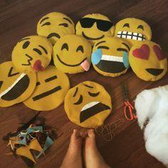 DIY Emoji Pillows/Cushions Home decor arts and crafts