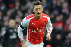 Ozil has been packing on muscle while out w/ knee