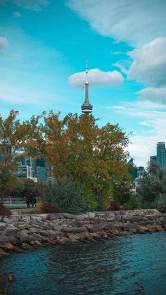 Tudo sobre Toronto em LucianaCouto.com Lightroom, Toronto Ontario Canada, City Girl, Small Towns, Great Places, Scenery, Clouds, Photographs, Travel