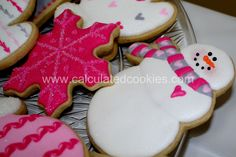 Girly snowmen, snowflakes, and mittens by Calculated Cookies