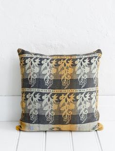 http://naturalmoderninteriors.blogspot.com.au/2013/08/recycled-fabric-cushion-ideas.html | Recycled Fabric Cushion Ideas. Vintage Sari Material from The Family Love Tree