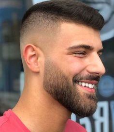 genuine beard styles for men with round face 30 Goatee Beard, Beard Haircut, Fade Haircut, Beard Styles For Men, Hair And Beard Styles, Short Hair Styles, Trimmed Beard Styles, Short Hair With Beard, Epic Beard