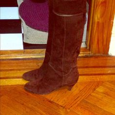 ✂Brown suede real leather italian boots Brown boots, suede from the outside. have small herl as shown in the pic. Worn few times. Excellent condition from the outside! On bottom some wear bc of walking but still great! Shoes